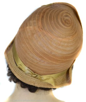 The back of the 1928 summer cloche. No milliner's mark of any kind. Photograph by Julia Henri thegildedtimes.wordpress.com